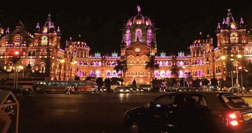 mumbai-night-1.jpg